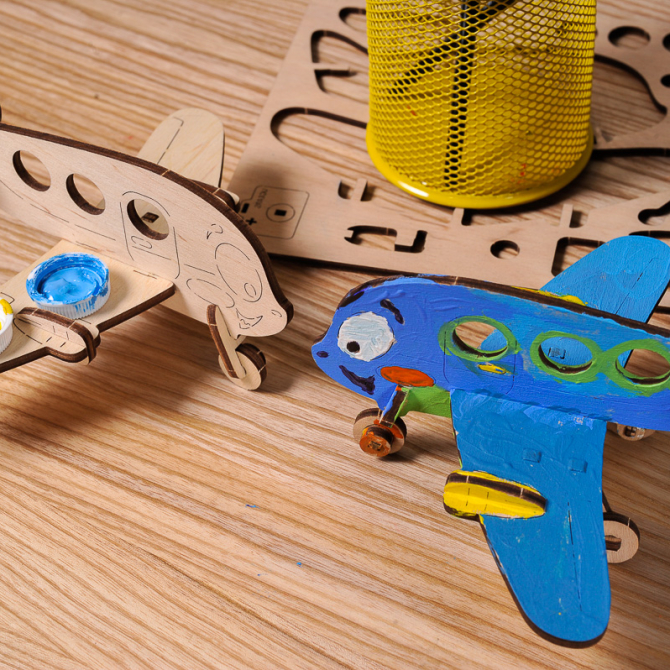 Ugears 4Kids coloring Airplane 3