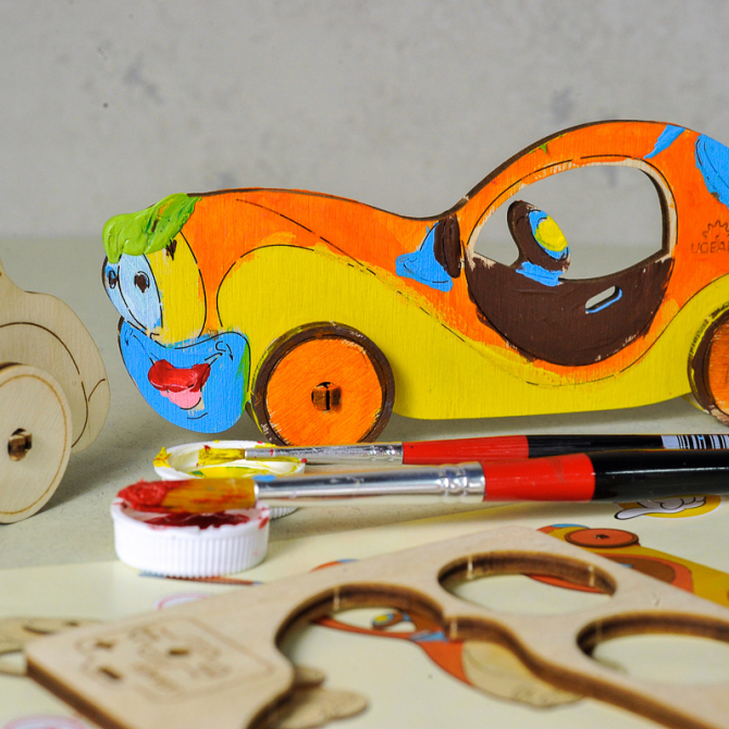 Ugears 4Kids coloring Car 5
