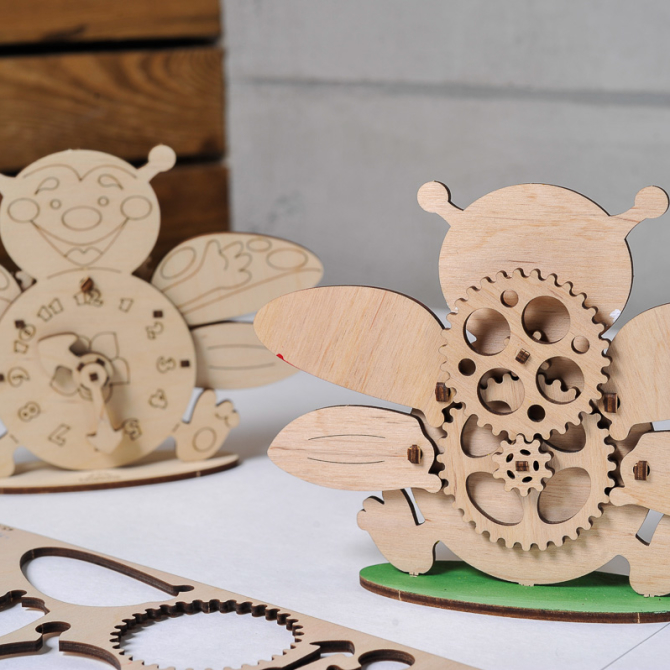 Ugears 4Kids coloring Clock 9