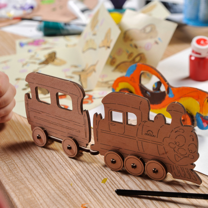 Ugears 4Kids coloring Locomotive 8