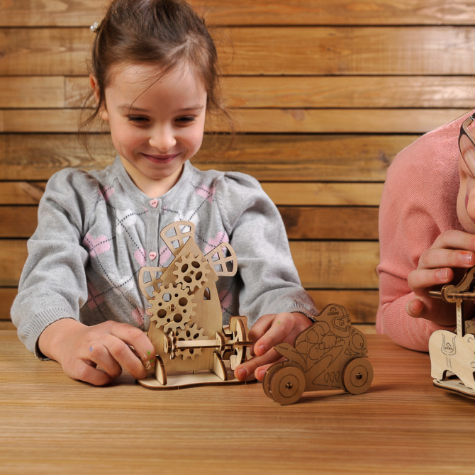 Ugears 4Kids coloring Merry-go-round 5